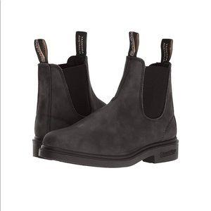 Women's Blundstone boots, size 6 (u.s.)